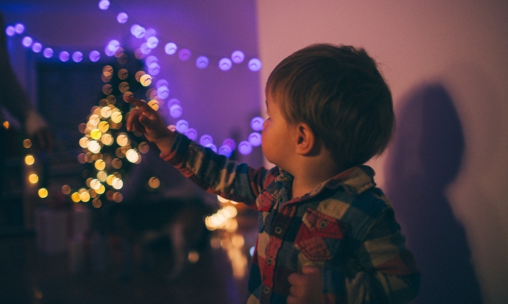'No sleep, no Santa': 5 hacks for a pain-free bedtime around Christmas