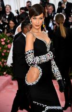 Bella attends The 2019 Met Gala Celebrating Camp: Notes on Fashion at Metropolitan Museum of Art on May 06, 2019 in New York City. (Photo by Dimitrios Kambouris/Getty Images for The Met Museum/Vogue)