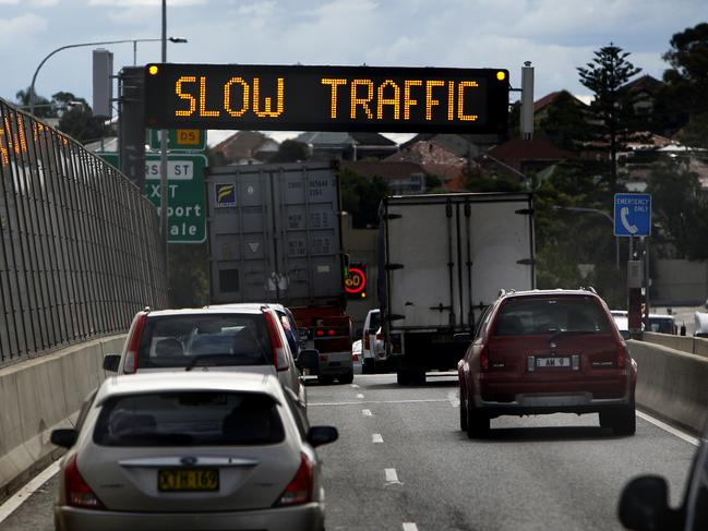 More than one in four Australians are planning a long-distance journey as the Easter holiday period approaches.