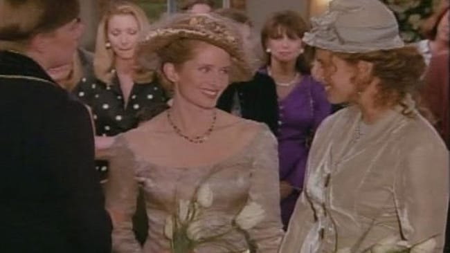 Carol and Susan get married on  <i>Friends</i>.