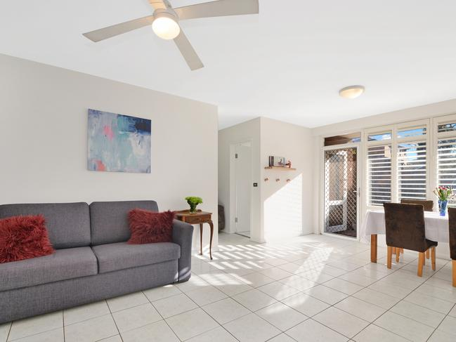 No. 2/8 Evans Ave, Eastlakes is a two-bedroom unit with a price guide of $600,000 — $650,000.
