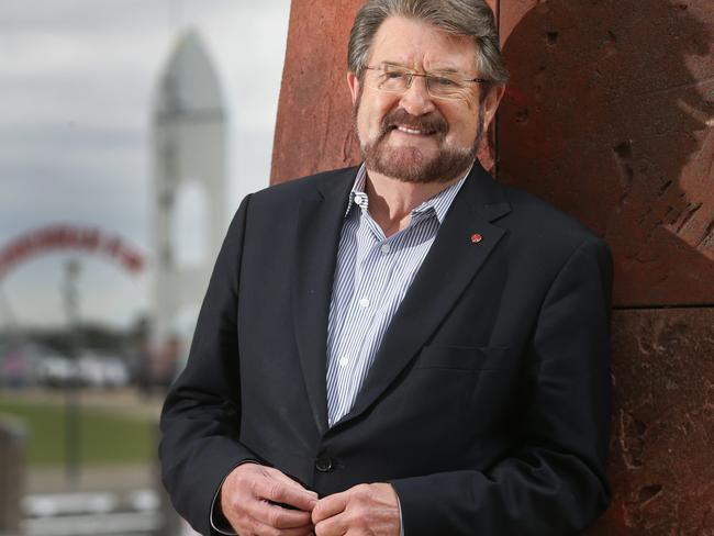 Senator Derryn Hinch, 74, reportedly suffered 'brain trauma' after falling out of an Uber in Melbourne. Picture: Peter Ristevski