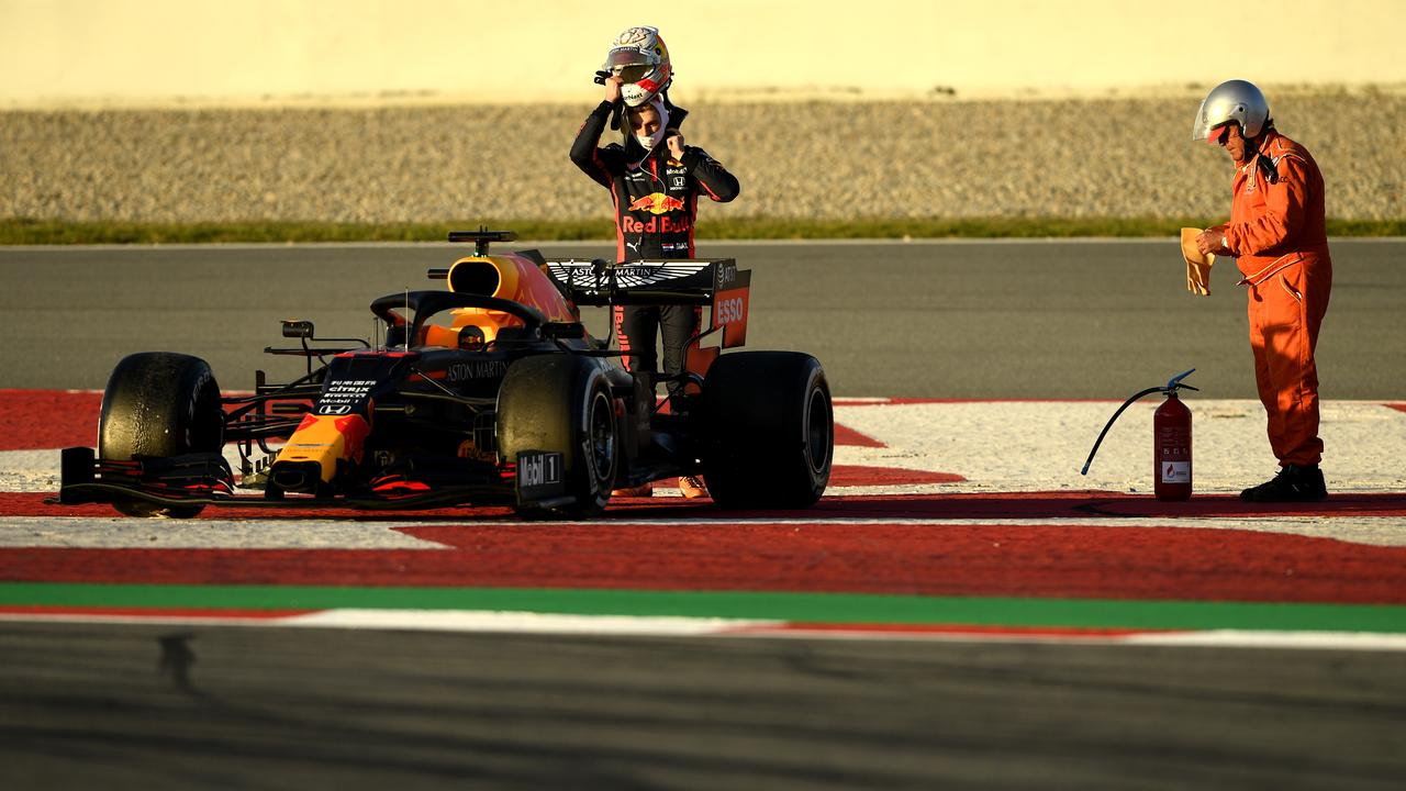 Max Verstappen stops on the track on Wednesday in Barcelona.
