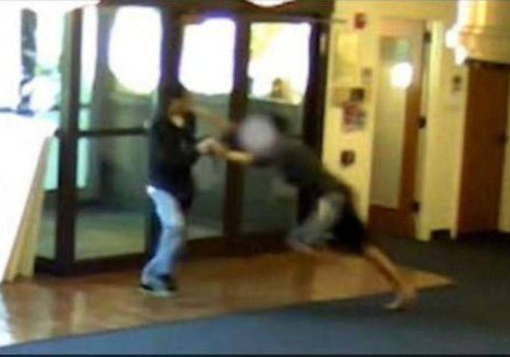 US WA: CCTV Footage of 2014 Seattle Pacific Shooting Shows Bravery of Student June 05