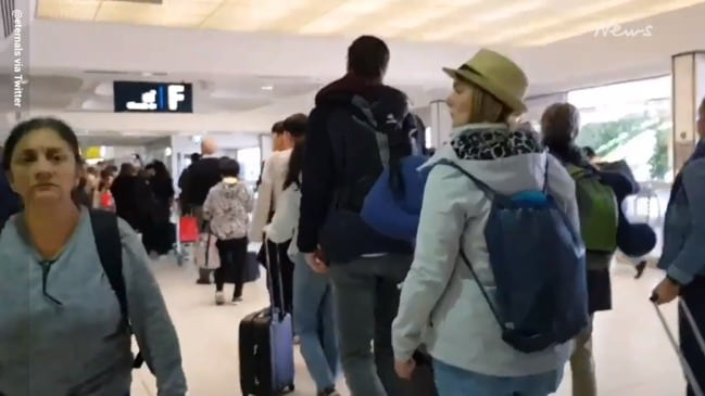 Security outage causes major delays at Sydney Airport