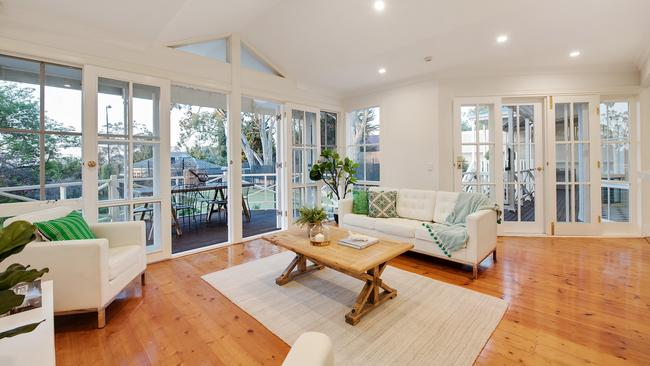 4 Church Road, Mitcham. Supplied by Harris Real Estate.