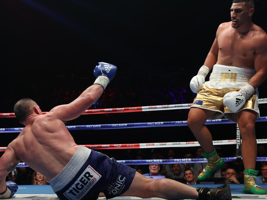 Paul Gallen was gutsy in his heavyweight title fight with Justis Huni on Wednesday night. Picture: Richard Dobson