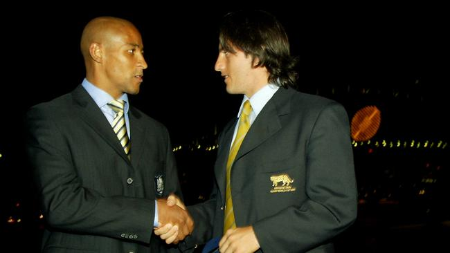 George Gregan with Agustin Pichot on the steps of the Sydney Opera House in 2003.