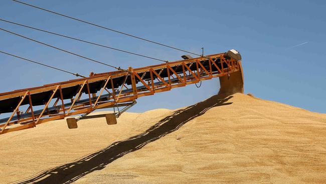 0b8c1e00b51 Grain Corp Murtoa. Picture  Andy Rogers.