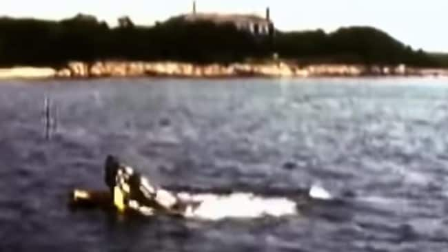 Footage from the documentary, The Shark Is Still Working, shows the mechanical shark eating the dummy.