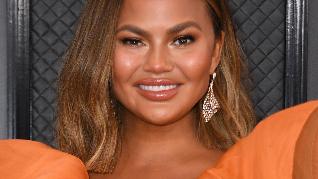 Chrissy Teigen tells fans she's in a 'depression hole' after pregnancy loss – NEWS.com.au