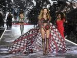 Behati Prinsloo walks the runway as Leela James performs during the 2018 Victoria's Secret Fashion Show at Pier 94 on Thursday, Nov. 8, 2018, in New York. (Photo by Evan Agostini/Invision/AP)