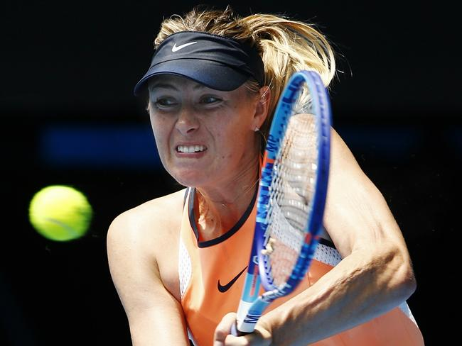Maria Sharapova led 2-0 in the first set and had plenty of chances to win the opener against Serena Williams.