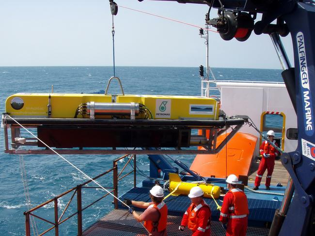 Hi-tech ... equipment used to search the seabed for any sign of the aircraft.