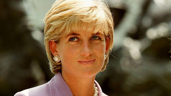 Diana reportedly couldn't stand long royal evenings waiting for the Queen to get tired. AFP PHOTO / JAMAL A. WILSON