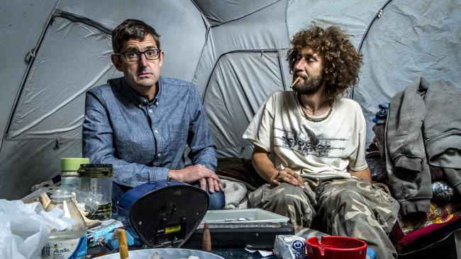 Picture shows_Louis Theroux with Nate Walsh, a heroin user who lives in a tent on the banks on the Ohio river.
