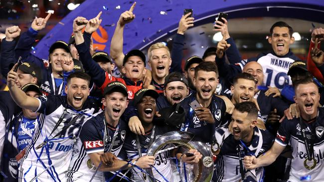 Victory players celebrate winning the 2018 A-League Grand Final