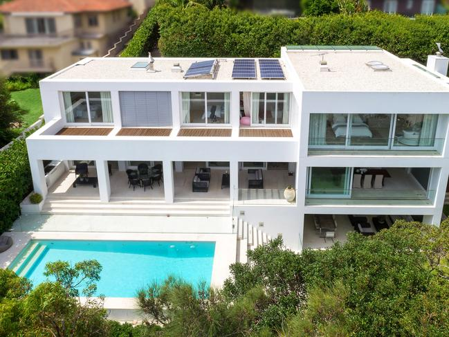 10 The Crescent, Vaucluse (above and below).