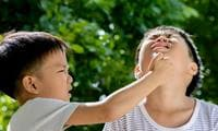 Ask Dr Justin: How do I teach my son not to hurt me or his siblings?