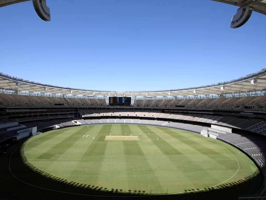 A general view of play during day 3 of the Round 5 JLT Sheffield Shield match between Western Australia and New South Wales at Optus Stadium in Perth, Thursday, November 29, 2018. (AAP Image/Richard Wainwright) NO ARCHIVING, EDITORIAL USE ONLY, IMAGES TO BE USED FOR NEWS REPORTING PURPOSES ONLY, NO COMMERCIAL USE WHATSOEVER, NO USE IN BOOKS WITHOUT PRIOR WRITTEN CONSENT FROM AAP