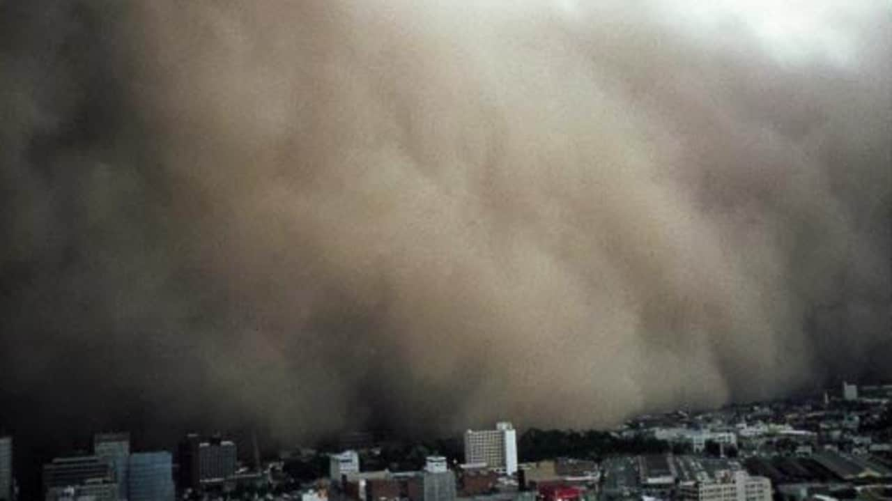 The 1983 Melbourne dust storm.