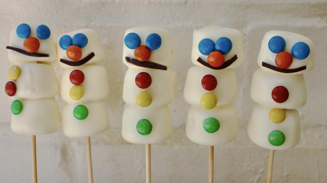 How to make snowman marshmallow pops