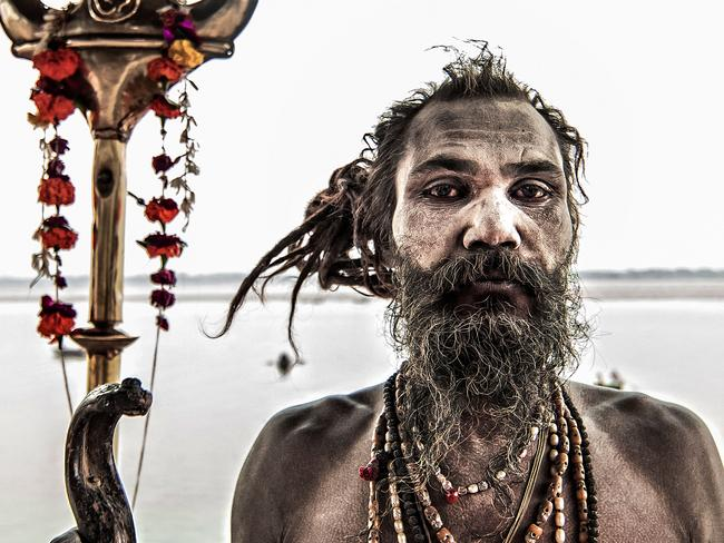 Dark Tourism: Inside the Aghori cannibal tribe in Varanasi, India