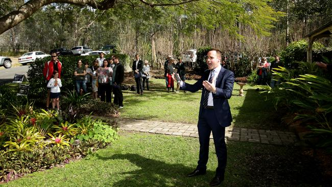 Auctioneer Jason Andrew at 25 Old Mt Coot-tha Rd, Toowong. Picture: Mark Calleja