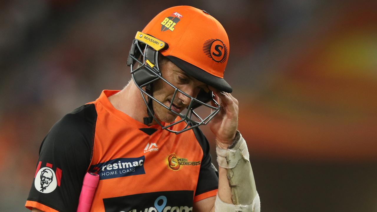 Perth Scorchers coach Adam Voges knew his batsman Michael Klinger was facing the seventh ball of an over before it dismissed him in controversial circumstances.