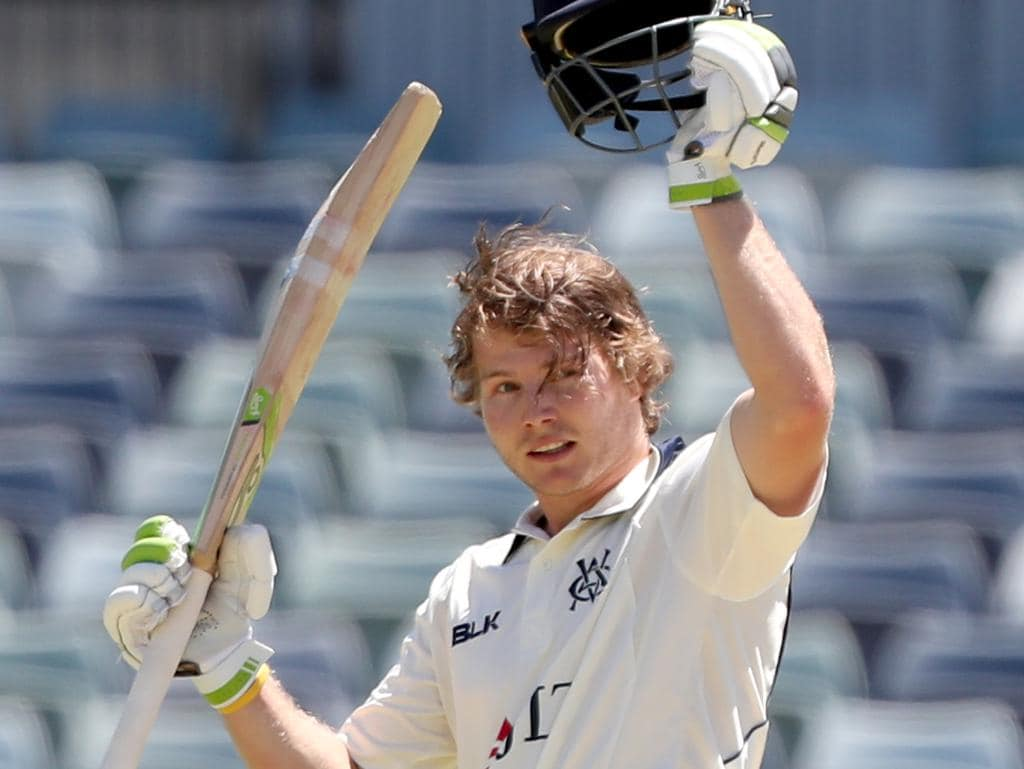 Will Pucovski of Victoria raises his bat on reaching a century during day 2 of the JLT Sheffield Shield match between Western Australia and Victoria at the WACA in Perth, Wednesday, October 17, 2018. (AAP Image/Richard Wainwright) NO ARCHIVING, EDITORIAL USE ONLY, IMAGES TO BE USED FOR NEWS REPORTING PURPOSES ONLY, NO COMMERCIAL USE WHATSOEVER, NO USE IN BOOKS WITHOUT PRIOR WRITTEN CONSENT FROM AAP