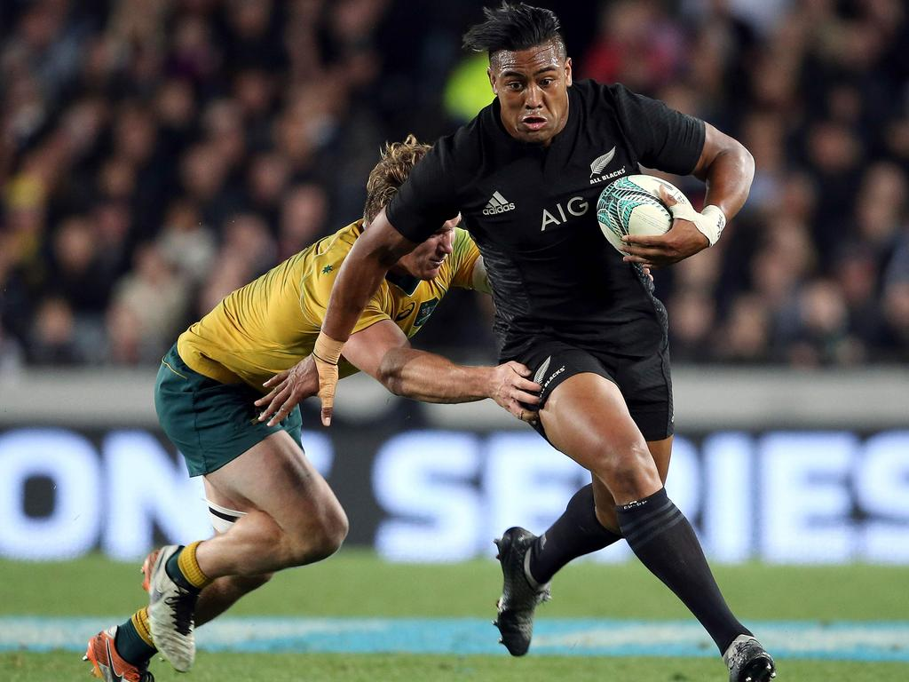 Savea has committed to staying on at Toulon.