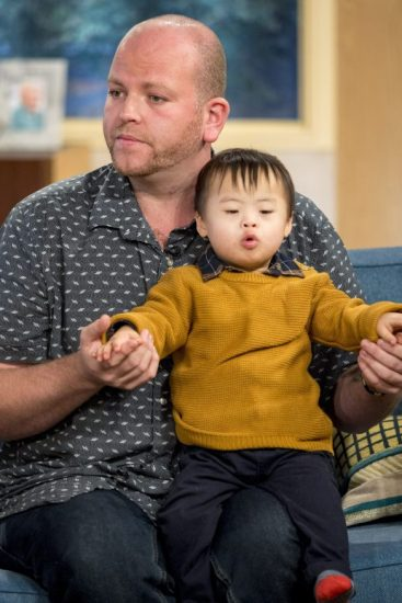Single dad fosters his fifth disabled child - Kidspot