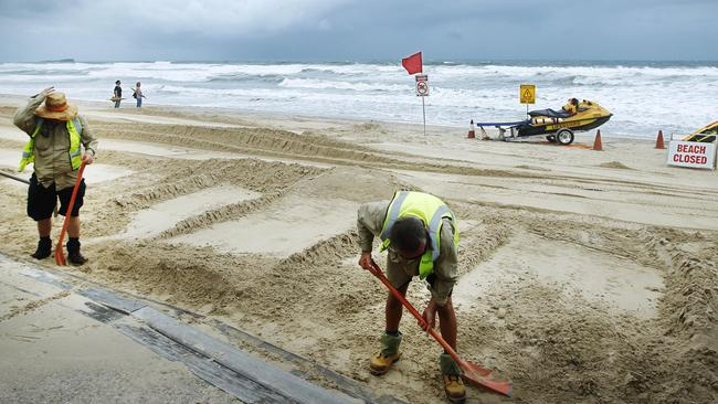 Queensland weather Cyclone Marcia Lam flood warning | The