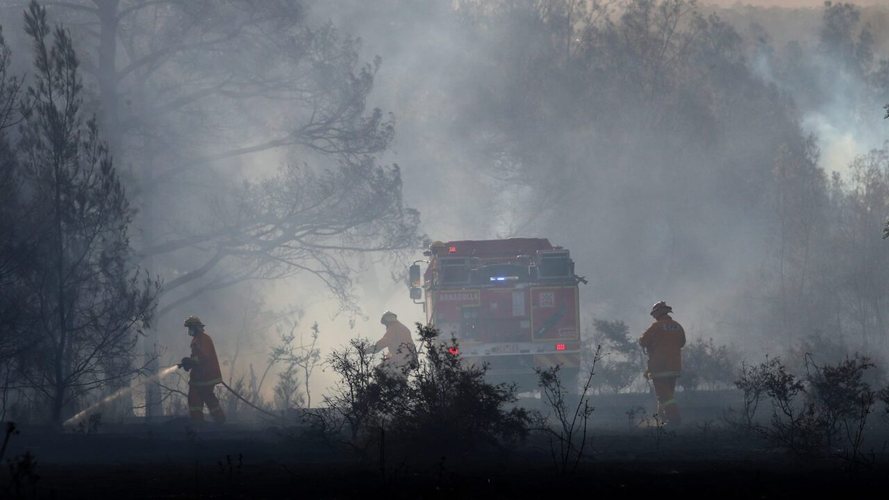 Qld in grips of bushfire disaster and conditions to deteriorate in NSW