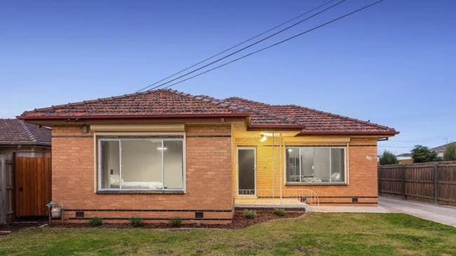1/24 North St sold in Ardeer last month, for $601,000.