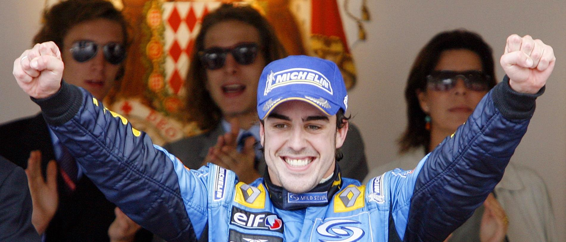 Renault driver Fernando Alonso of Spain celebrates on the podium after winning the Formula One Monaco Grand Prix, at the Monaco racetrack, 28/05/2006.  (AP Photo/Luca Bruno)