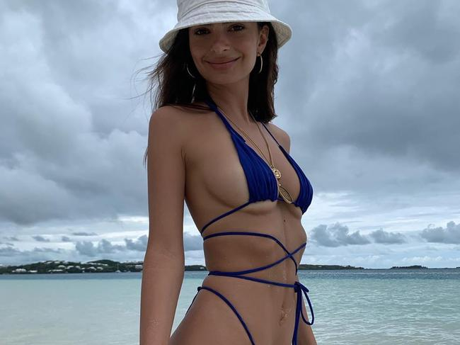 Emily Ratajkowski rocking an 'underboob' style. Picture: Supplied