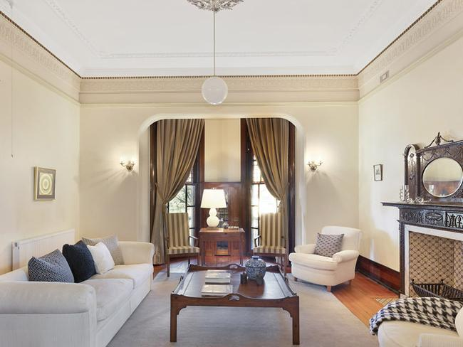 Amesbury retains its character features including high ceilings, cornices and fireplaces.