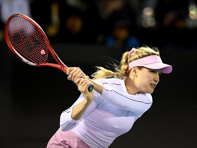 Bouchard swung her way to a win to start 2020.