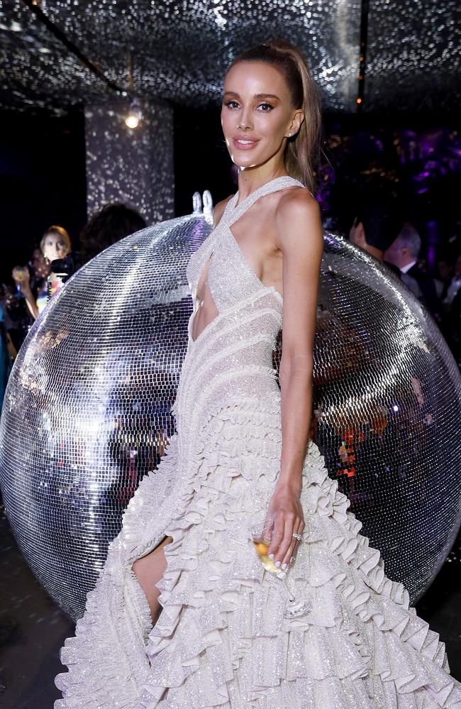 The silver dress featured a cheeky flash of side boob. Picture: Hanna Lassen/Getty Images for NGV