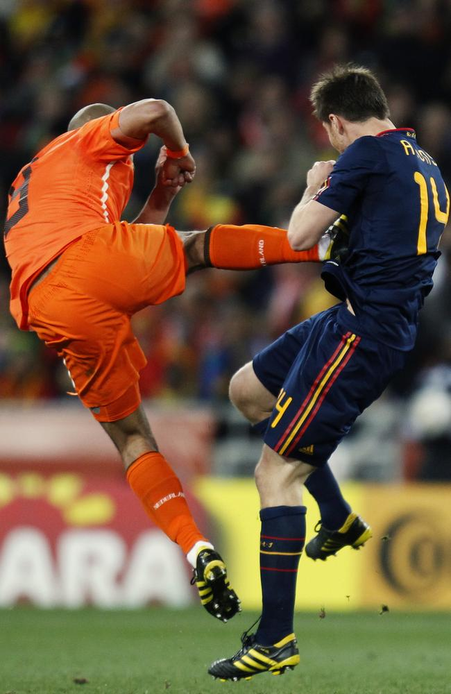 Things get ugly in the 2010 World Cup final between Netherlands and Spain.