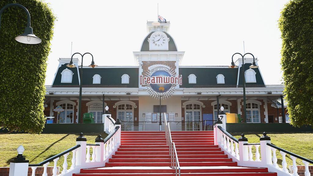 Dreamworld: Should I still book a theme park holiday? | Escape