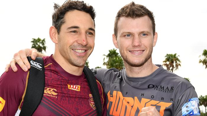 Boxer Jeff Horn poses for a photograph with Billy Slater following the Queensland State of Origin team training session on the Gold Coast, Friday, June 16, 2017. (AAP Image/Dave Hunt) NO ARCHIVING