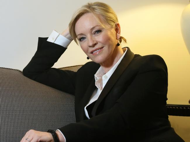 Rebecca Gibney's red carpet walk without moon boot for