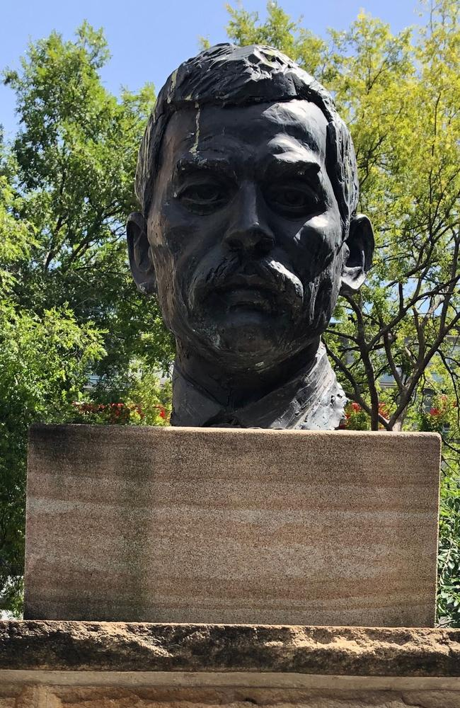 A bust of Quong Tart in Ashfield.
