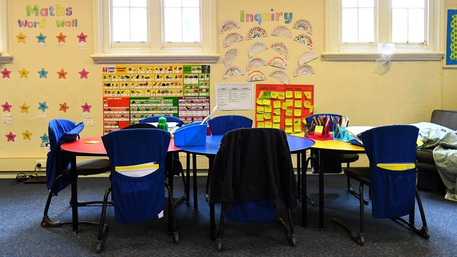 This Melbourne primary school class room emptied on Monday and will remain that way for at least three weeks. Picture: James Ross/AAP