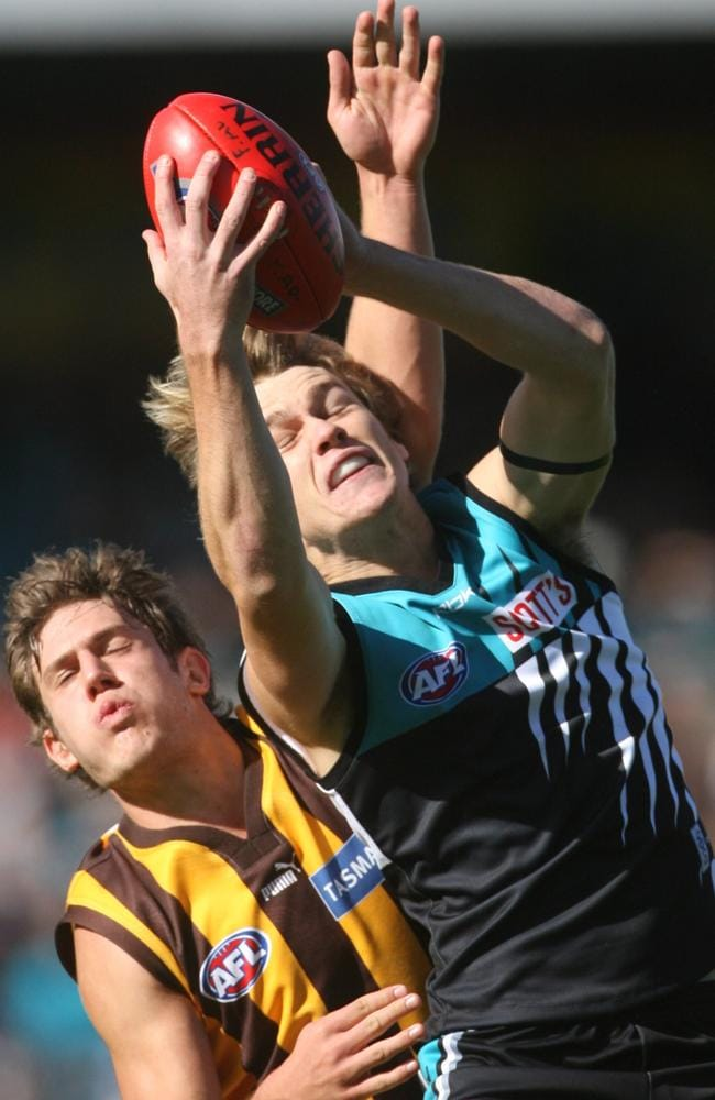 Robbie Gray takes a strong mark in one of his early games. Picture: Titus Ray