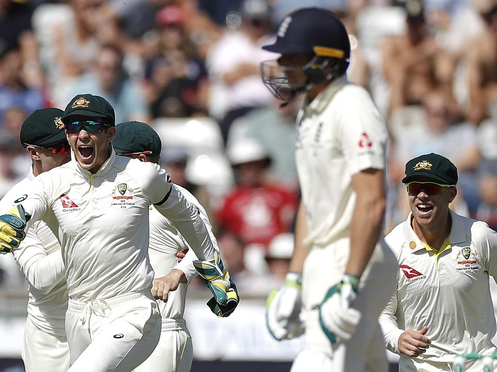 England v Australia - 3rd Specsavers Ashes Test: Day Two