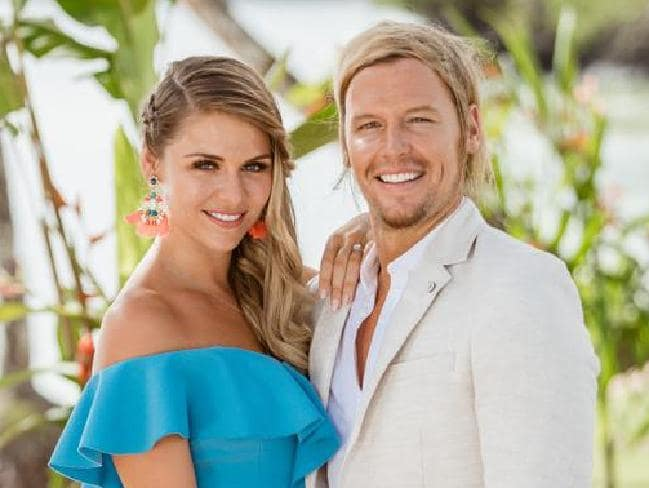 Happier times: Sam Cochrane and Tara Pavlovic on Bachelor In Paradise. Picture: Channel 10