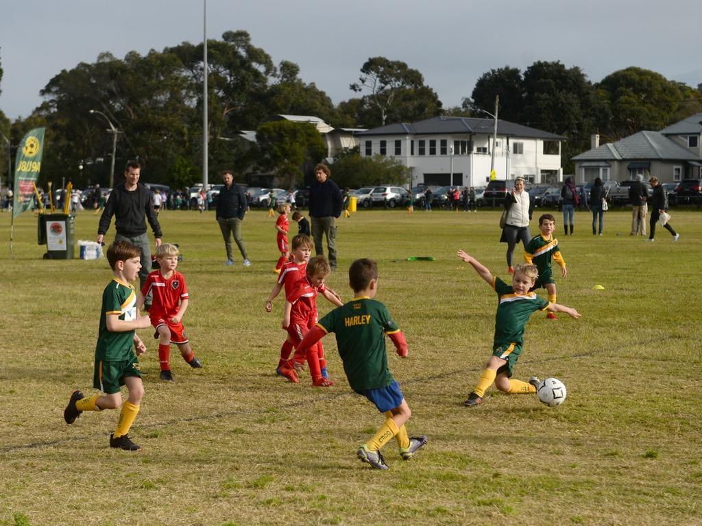 Community sport has resumed across NSW as COVID-19 restrictions ease. Picture: NCA NewsWire / Jeremy Piper